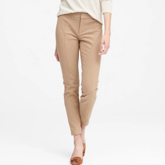 Banana Republic Pants - Banana Republic• Camel Sloan Pants